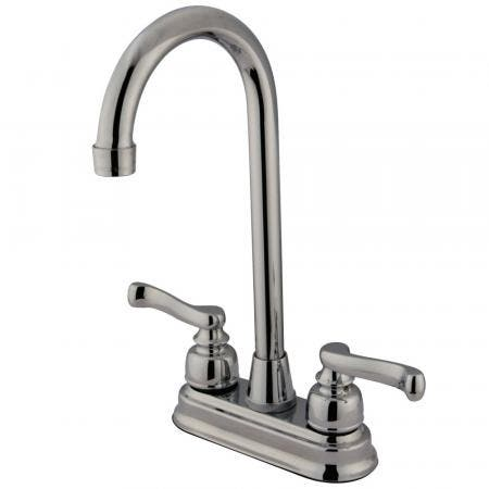 Kingston Brass KS1162GL Kingston Brass KS1162GL Widespread Lavatory Faucet with Handle, Polished Brass