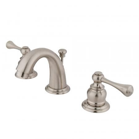 Kingston Brass KS2618NL Kingston Brass KS2618NL 4-Inch Centerset Lavatory Faucet with Brass Pop-Up, Satin Nickel